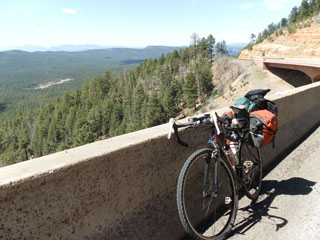 picture of the Mogollon Rim, Hwy 260