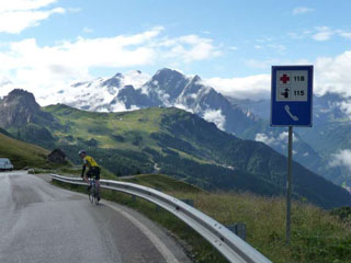 picture of the Passo Sella