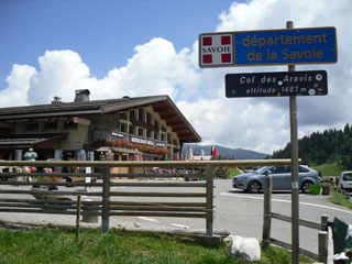 picture of the Col de lAravis