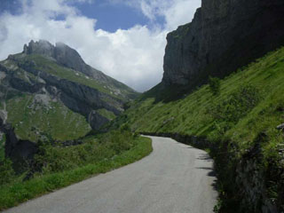 picture of the Cormet de Roselend